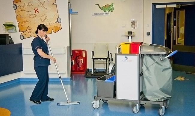 Nettoyage lieux scolaires